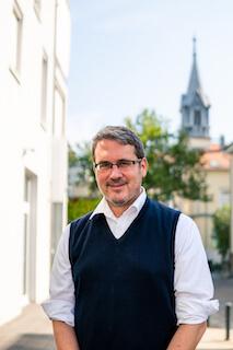 Dr. Christopher Gohl