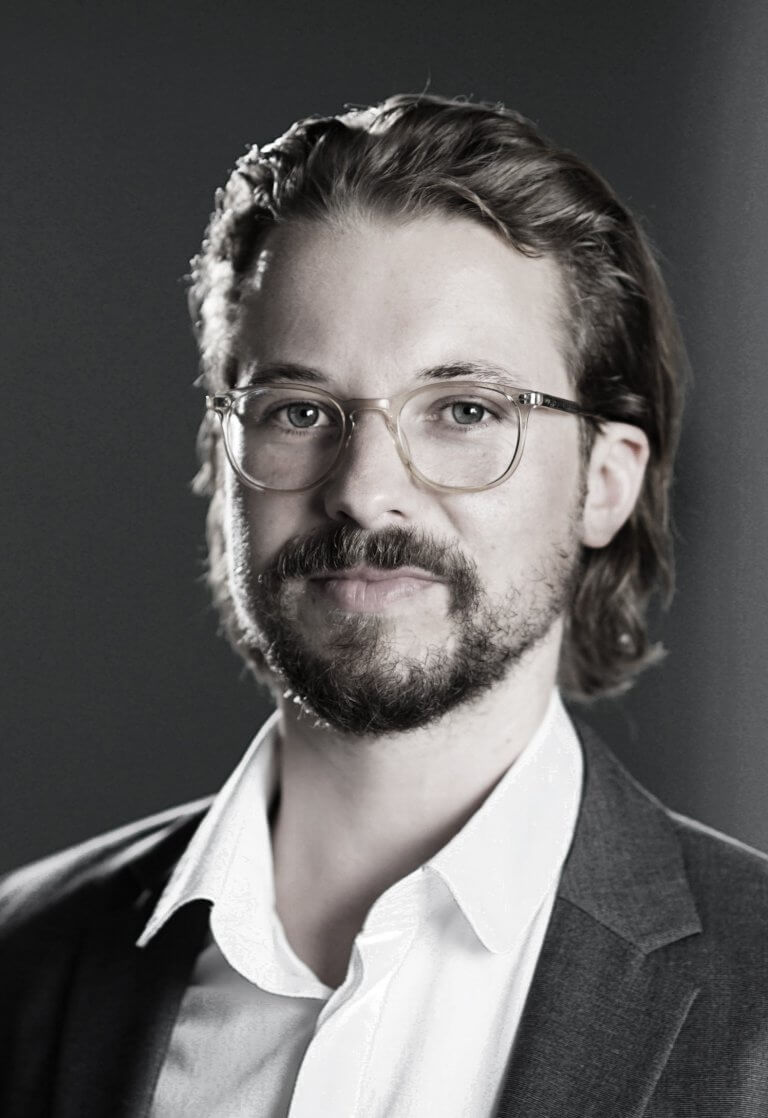 Dr. Marcus Ehrenberger